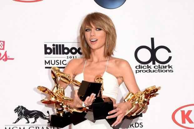 Taylor Swift levou oito troféus na premiação. Foto: AFP Photo