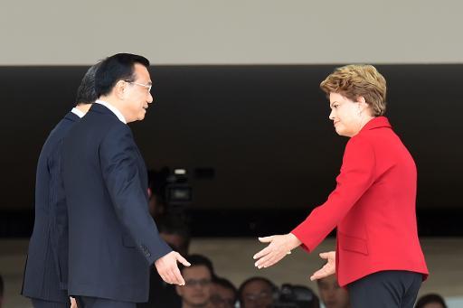 A presidente Dilma Rousseff recebe o premier chinês, Li Keqiang, no Palácio do Planalto, em Brasília. Foto: AFP EVARISTO SA