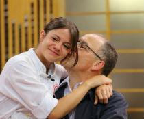 Crucial na grande final do reality, pai de Elisa foi homenageado pela filha com uma receita no livro