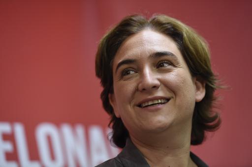 A candidata Ada Colau participa de uma entrevista coletiva em Barcelona © AFP JOSEP LAGO
