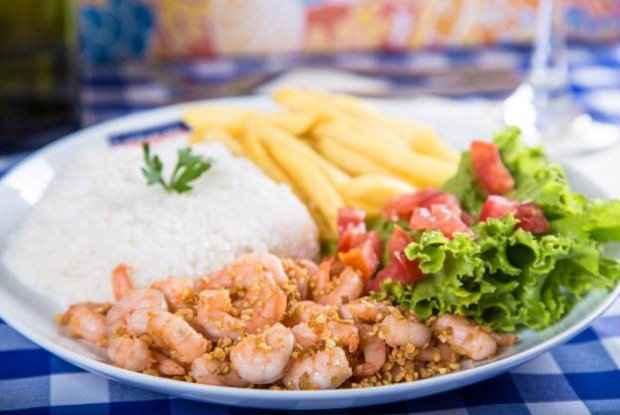 Camarão ao alho e azeite é prato do Camarão & Cia. Foto: Camarão & Cia/ Divulgação