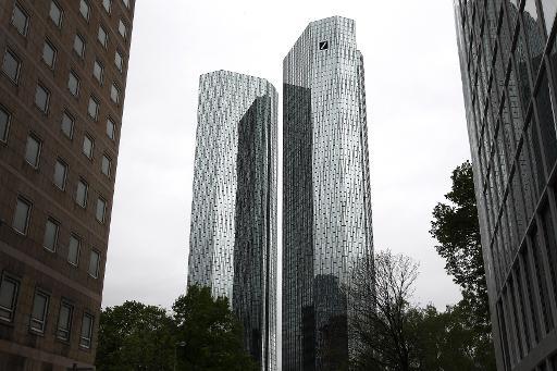 Sede do Deutsche Bank, em Frankfurt, no dia 27 de abril de 2015. Foto: © AFP/Arquivos DANIEL ROLAND