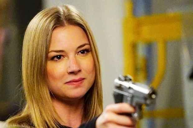 Emily VanCamp em cena do último episódio de Revenge. Crédito: ABC/Divulgação