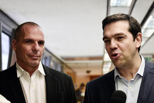 O primeiro-ministro grego, Alexis Tsipras (D), e o ministro grego das Finanças, Yanis Varoufakis, em Atenas. Foto: Louisa Gouliamaki/AFP