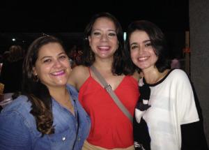 As amigas Marina, Tatiane e Paloma acompanham a banda, juntas, desde a adolescência. Foto: Luiza Maia/DP/D.A Press