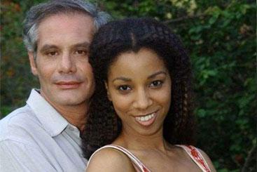Nuno Melo e Adriana Lessa viveram um par romântico em Senhora do destino. Foto: TV Globo/Divulgação