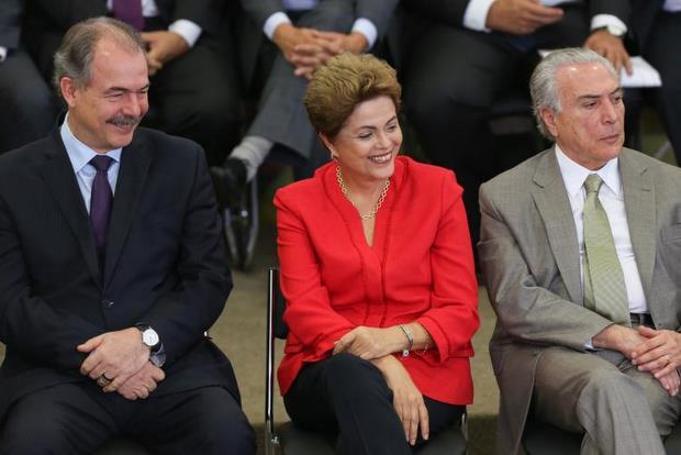 Dilma e ministros participaram do lançamento do novo pacote de privatizações. Joaquim Levy espera que os efeitos sejam sentidos a partir do ano que vem. Foto: Lula Marques/PP