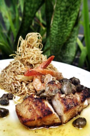 Azú Comedoria oferece três opções de jantar, cada um com três etapas. Foto: Trago Boa Notícia/ Divulgação