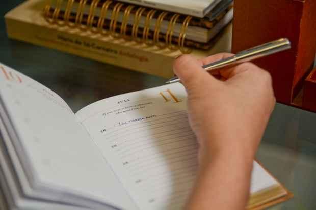 Escrever pensamentos e sentimentos ganha versões