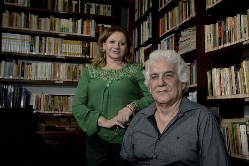 Valda Colares e Lailson de Holanda Cavalcanti, autores de