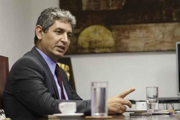 Embaixador de Israel no Brasil, Reda Mansour visitou o Recife na primeira semana de junho. Foto: Rafael Martins/Esp. DP/DA Press