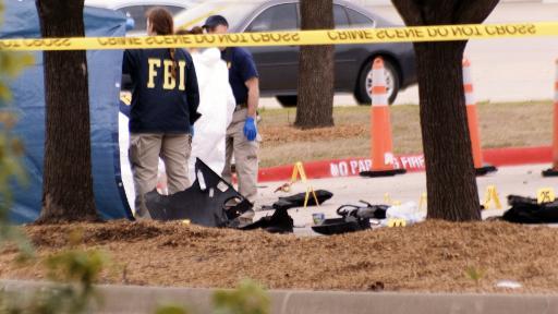 Agentes do FBI cercam a área do ataque em Garland, Texas, no dia 4 de maio de 2015. Foto: Jared L. Christopher/AFP