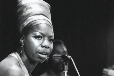 Nina Simone em show realizado na Argélia, em julho de 1969. Foto: Eleonore Bakhtaze