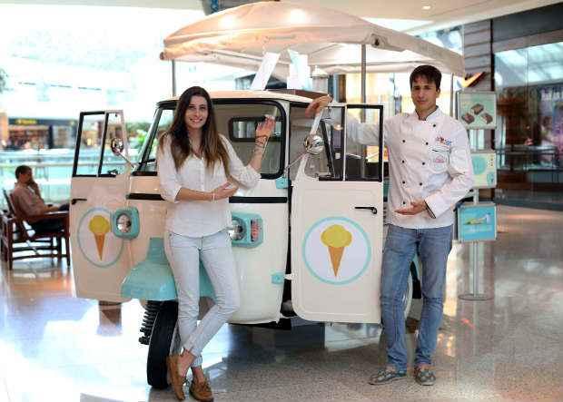 Giulia Ciocca e Giovanni Salmi tinham o sonho de trabalhar com sorvetes. Foto: Paloma Amorim/ Divulgação