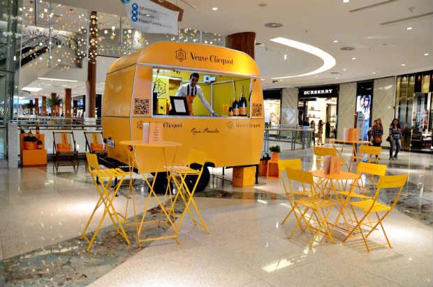 Ice Jacket Brut, Yellow Ribbon, Express, Couture Rosé e Shakkei Box Rosé estão disponíveis no Trailer exposto no  RioMar Shopping. Foto: Lead/ Divulgação