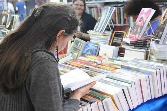 Preço fixo para os livros foi tema de debate na 13ª Flip, em Paraty. Foto: Arquivo/Agência Brasil