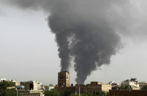 A explosão aconteceu na saída de fiéis da mesquita Al-Raoudh, depois da oração. FOTO: Mohammed Huwais/AFP