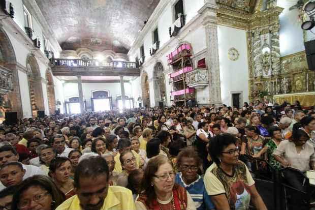 Ao todo, 16 missas estão programadas para esta quinta-feira. A primeira começou às 5h. Foto: Alcione Ferreira/DP/D.A Press