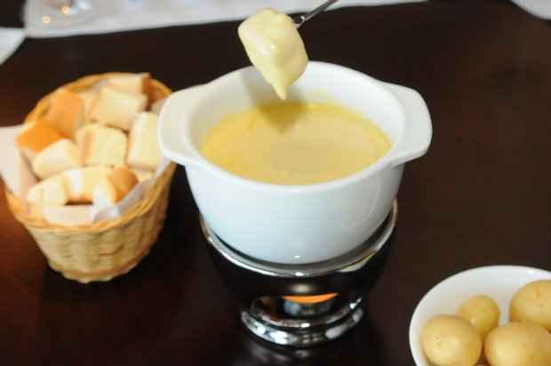 Para os fondues de queijo, opte pelo ementhal ou gruyére. Fotos: Correio Braziliense/divulgação
