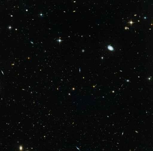 Uma equipe de astrônomos descobriu um sistema única de duas estrelas onde uma