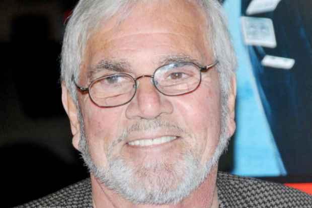 O ator foi vencedor de um Emmy. Foto: UZ Magazine/Reprodução