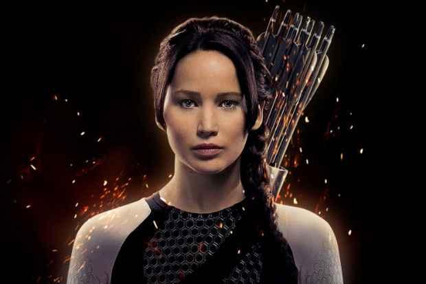 Jennifer Lawrence como Katniss em