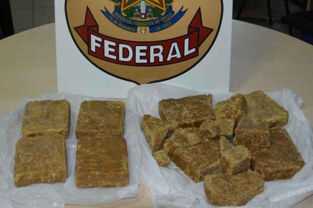 Quantidade apreendida daria para produzir 19 mil pedras de crack. FOTO: Polícia Federal/Divulgação