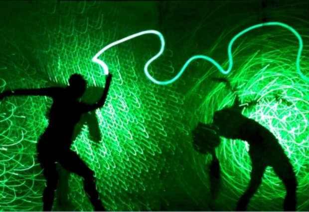 Efeitos de luz e sombra são utilizados durante o espetáculo. Foto: ND/Divulgação