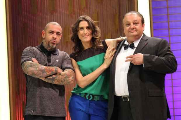 Sintonia de Jacquin com os chefs Henrique Fogaça e Paola Carossela é um dos grandes trunfos do MasterChef Brasil. Fotos: Band/Divulgação