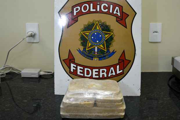 Droga estava dividida em quatro embalagem. Foto: PRF/Divulgação