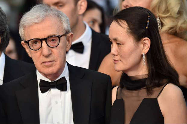 Woody Allen e Soon-Yi no último Festival de Cannes em Cannes, em 15 de maio de 2015. Foto: AFP Photo/ Bertrand Langlois