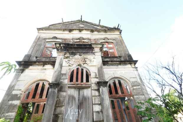 Chalé abrigou o antigo Hospital Odontológico Magitot. Fotos: João Velozo/ Esp. DP/D.A Press