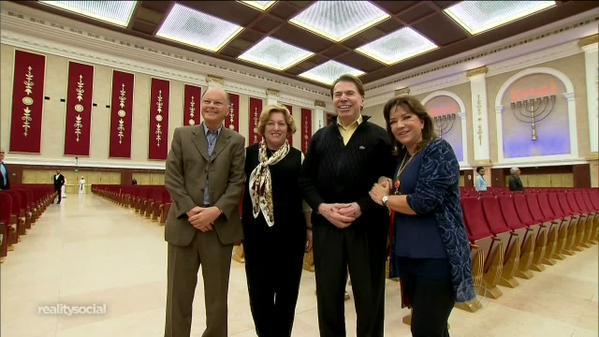 Edir Macedo e a esposa Ester receberam Silvio Santos e Iris Abravanel. Foto: Record/Reprodução