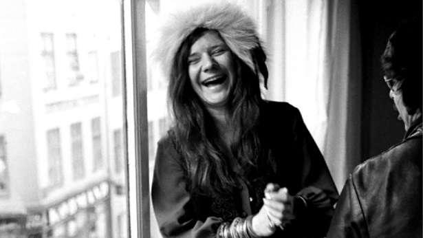 Filme vai reunir imagens inéditas da cantora, além de performances de grandes clássicos e entrevistas com amigos e familiares. Foto: Divulgação