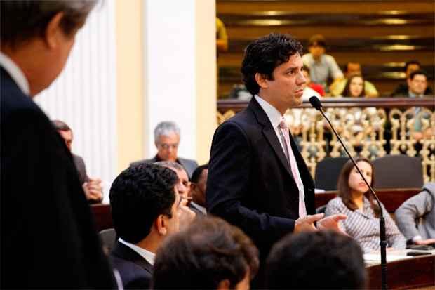 Assim como o DEM, o PSDB de Daniel Coelho está no poder, mas aliados afirmam que o deputado federal aceitaria a vice de Jarbas, se este sair candidato. Foto: Benda Souto Maior/DP/D.A Press