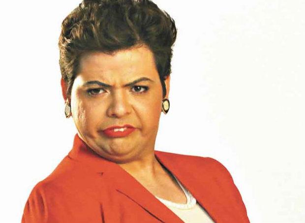 Entre os personagens mais conhecidos do comediante está a presidente Dilma. Foto: Bandeirantes/Reprodução
