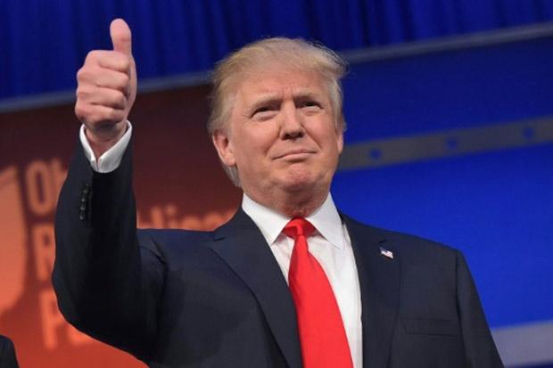 O magnata Donald Trump, líder nas pesquisas entre os pré-candidatos republicanos à Casa Branca, causou polêmica na noite desta quinta-feira ao admitir uma candidatura independente caso não receba a indicação do partido. Foto: Mandel Ngan/AFP