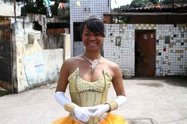 Duda é professora de balé clássico e trabalha com crianças em escolas da RMR. Foto: Júlio Jacobina/ DP/D.A.Press