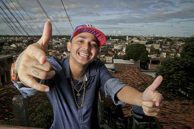 Vertinho faz média de 12 shows por semana. Foto: Guilherme Veríssimo/DP/DA Press