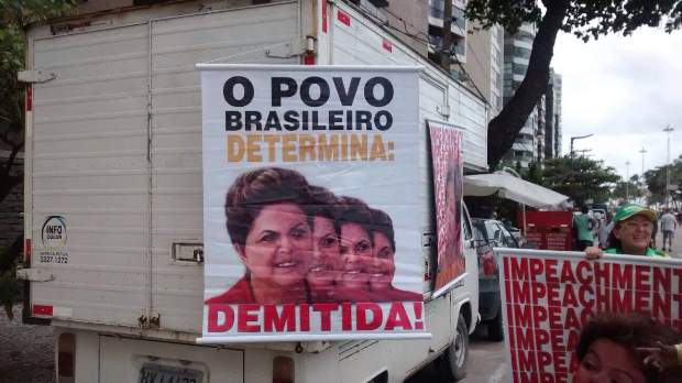 O impeachment de Dilma é citado como
