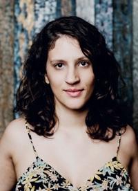 Carol Rossetti mantém estúdio de design, além dos projetos pessoais. Foto: Editora Sextante/Divulgação