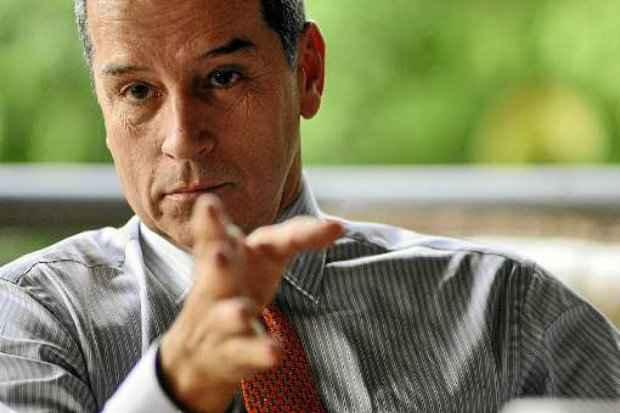 e843c66c0c Destino de ex-senador está nas mãos de ministro. (Foto  Daniel Ferreira