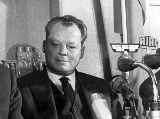 Egon Bahr em Berlim, no dia 17 de dezembro de 1963. Foto: Dpa/AFP