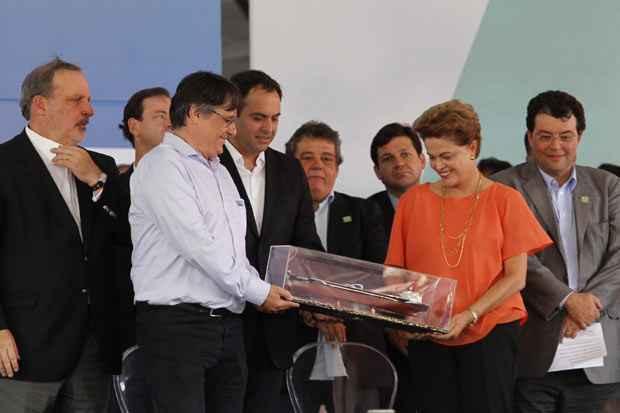 Em maio, a presidente participou de evento no Porto de Suape, em Ipojuca. Foto: Ricardo Fernandes/DP/D.A Press