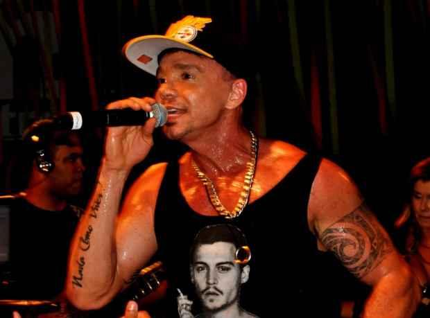 Artista ficou à beira da morte devido a complicações em decorrência do uso de anabolizantes. Foto: www.netinho.com.br/Reprodução