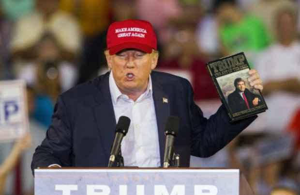 Donald Trump discursa em Mobile, Alabama, em 21 de agosto. (Foto: Mark Wallheiser/AFP Photo)