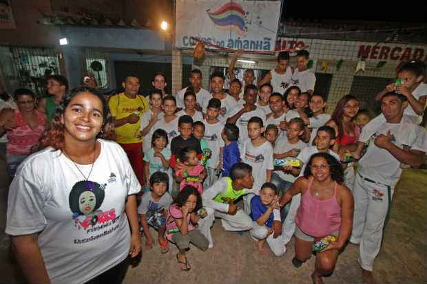 ONG Cores do Amanhã, no Totó, trabalha com crianças e jovens em grupos de capoeira e grafitagem. Foto: Roberto Ramos/DP.D.A Press