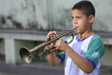 Davidson da Silva aprendeu a tocar trompete. Foto: Rafael Martins/ Esp. DP/ D.A Pres