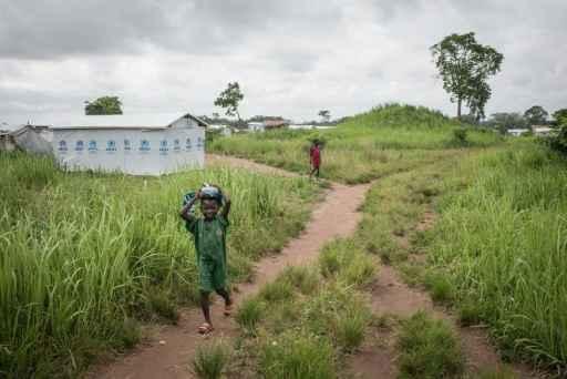 Criança da RCA em campo de refugiados na RDC - Foto: AFP Federico Scoppa (Criança da RCA em campo de refugiados na RDC - Foto: AFP Federico Scoppa)