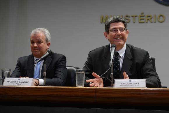 Joaquim Levy disse que medidas em tramitação no Congresso podem ajudar na reestruturação fiscal do país. Foto: Fabio Rodrigues Pozzebom/Agência Brasil